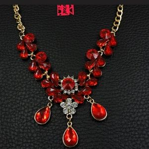 New Betsey Johnson red necklace